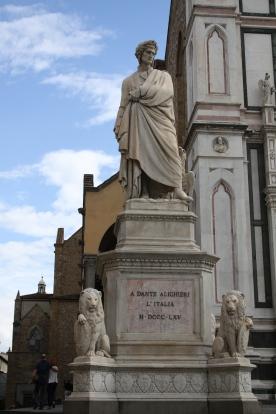 A very grumpy looking Dante Alighieri