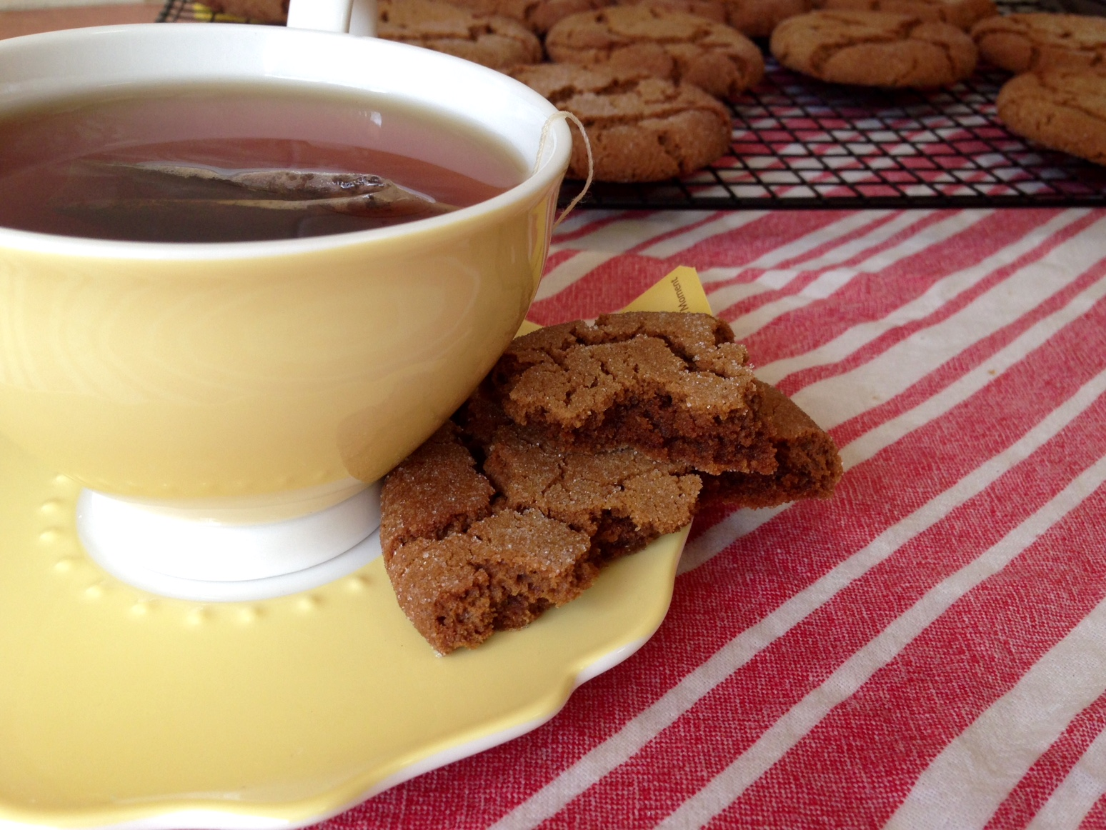 Chewy gingersnaps - perfect with a cup of Earl Grey